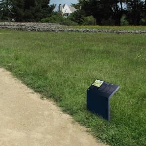 Tout pour plaire - Locmariaquer - signalétique - extérieur - Centre des monuments nationaux