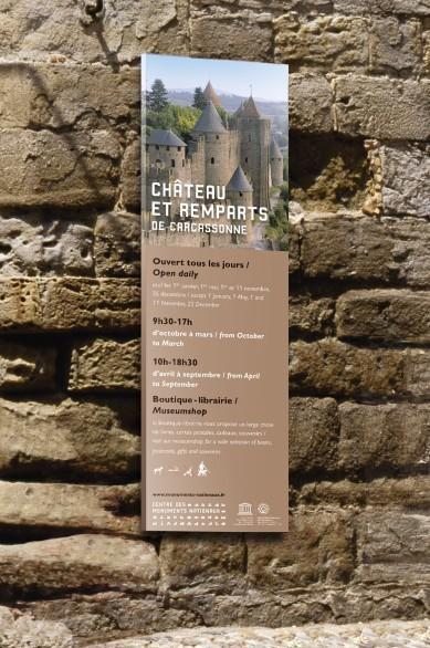 Tout pour plaire - mobilier - signalétique - kakemono - bannière - carcassonne - centre des monuments nationaux