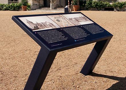 Tout pour plaire - mobilier signalétique exterieur - table d'orientation - Châteadun - Centre monuments nationaux