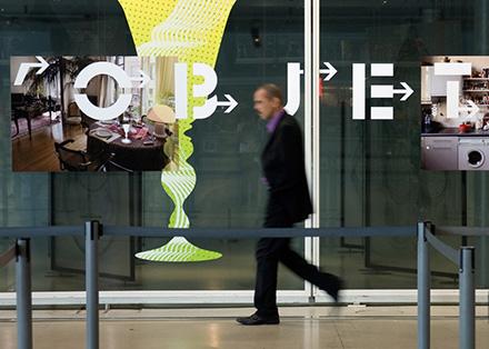 """Tout pour plaire - graphisme de l'exposition """"Détours d'objets"""", de Claude Courtecuisse, au Centre Pompidou"""